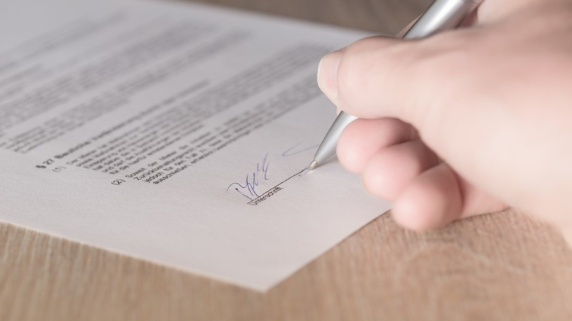 Available Lease Signature Contract